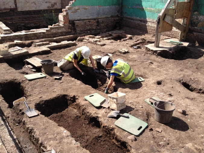 Ben and Daniel working on a 19th century inhumation.
